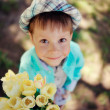 Child with tulips — Foto de Stock