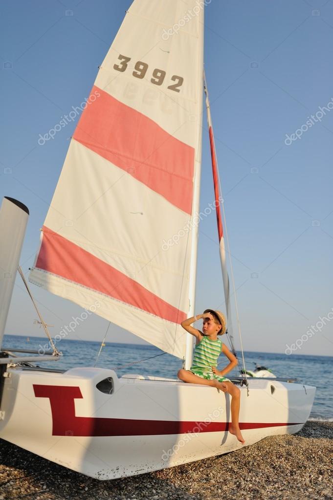 лодка парус девочки