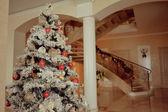 Vánoční stromeček s hračkami — Stock fotografie