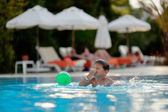 Child in pool — Stock Photo