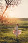 Dancing girl — Stockfoto