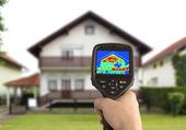 тепловизионное изображение дома — Стоковое фото