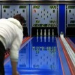 Bowlen staking — Stockvideo