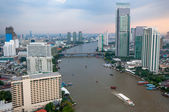 Bangkok city along chao praya river,Thailand — Stock Photo