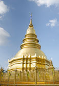 Golden pagoda in Temple of Lumpoon province, Thailand — Стоковое фото