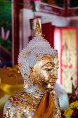 красивая будды статуса — Стоковое фото