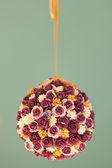 Flor artificial colorida — Fotografia Stock