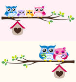 Happy owl family — Stock Vector