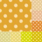 Seamless yellow polka dots pattern — Stock Vector