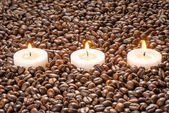 Candles on coffee, spa treatment set — Stock Photo
