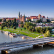 Wawel Castle, Vistula river and bridge in Krakow, Poland — Stock Photo