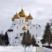 在冬天,俄罗斯大教堂 — 图库照片