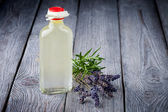 Natural diy olive oil makeup remover — Stock Photo