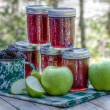 Homemade blackberry apple jam — Stock Photo