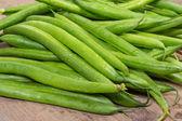Fresh green beans on table — Stock fotografie
