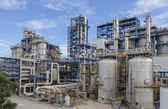 Petrochemical plant wit blue sky — Stock Photo