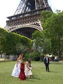Svatba v paříži — Stock fotografie