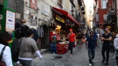 Naples, San Gregorio Armeno in Christmas time — Stok video