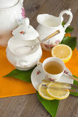 Tea and lemon — Stock Photo