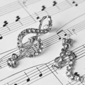 Decoration in the form of a treble clef — Stock Photo