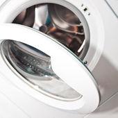 Open the washer door — Stock Photo