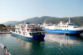 Arrival of ships in port of Igoumenitsa, Greece — Stock Photo