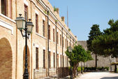 One of the buildings in the old Venetian fortress at Kerkyra, Corfu Island, Greece — Stock Photo