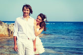 Just married couple near the sea — Stock Photo