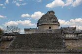 The observatory in Chichen Itza — Stock Photo