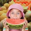Adorable girl eating watermelon - Lizenzfreies Foto
