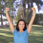 mujer bonita en un parque en su tiempo libre — Foto de Stock