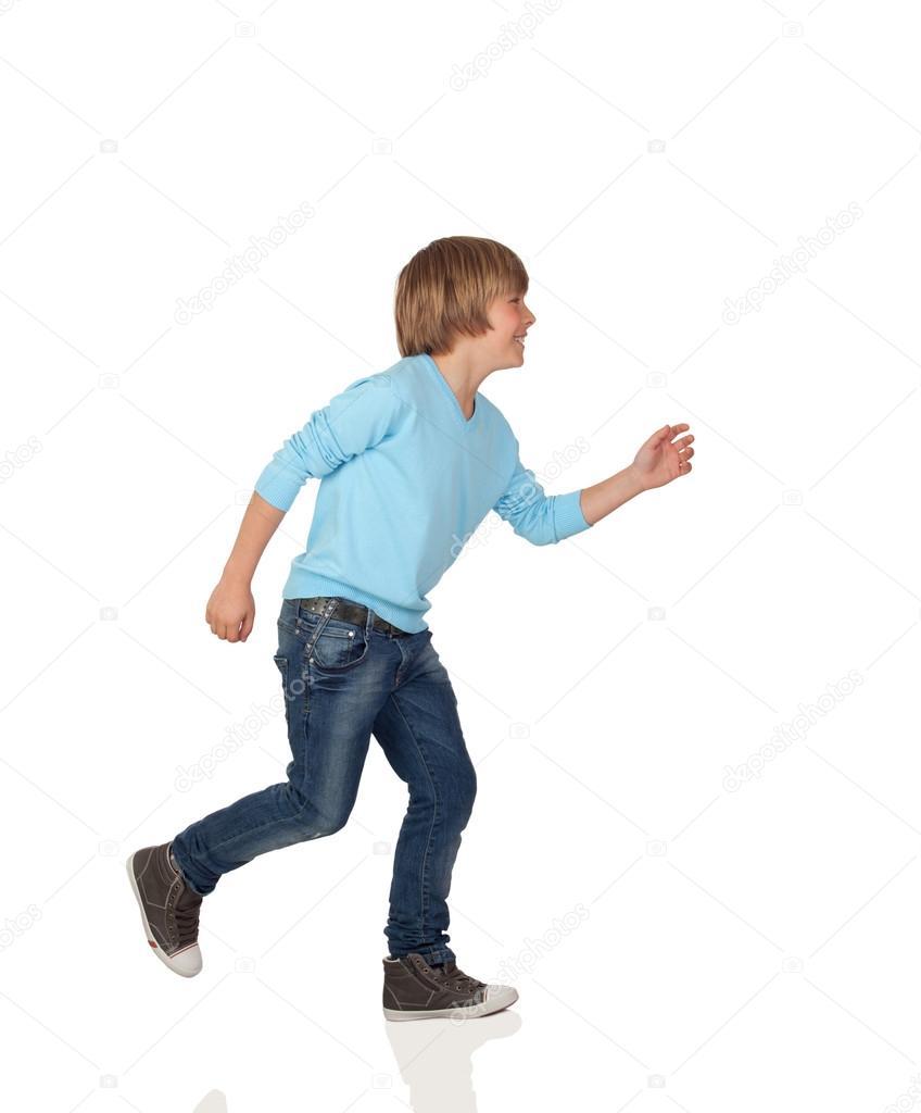 Perfil de adorable niño preadolescente caminando — Foto de