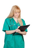 молодая медсестра с длинными волосами и буфера обмена — Стоковое фото