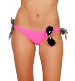 Attraktive körper mit rosa badehose und eine sonnenbrille — Stockfoto