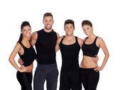 Grupa młodych ludzi z odzież sportowa — Zdjęcie stockowe