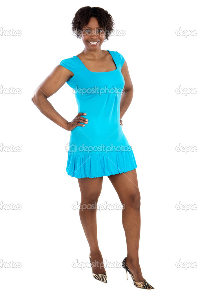 年轻的非洲女人一在白色的背景
