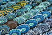 Background of traditional Uzbek ceramic plates — Stock Photo