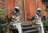 Statue of Balinese demon in Ubud — Stock Photo