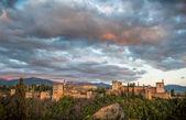 Panorama miasta z alhambra pałac, granada, hiszpania — Zdjęcie stockowe