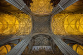 Wnętrze katedry w sewilli, hiszpania — Zdjęcie stockowe