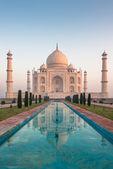 Taj mahal, agra, india — Foto de Stock