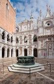 Εσωτερικό Δικαστήριο των Δόγηδων παλάτι, Βενετία, Ιταλία — Φωτογραφία Αρχείου