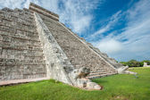 Tempio della piramide di kukulkan — Foto Stock