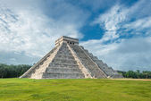El Castillo or Temple — Stock Photo