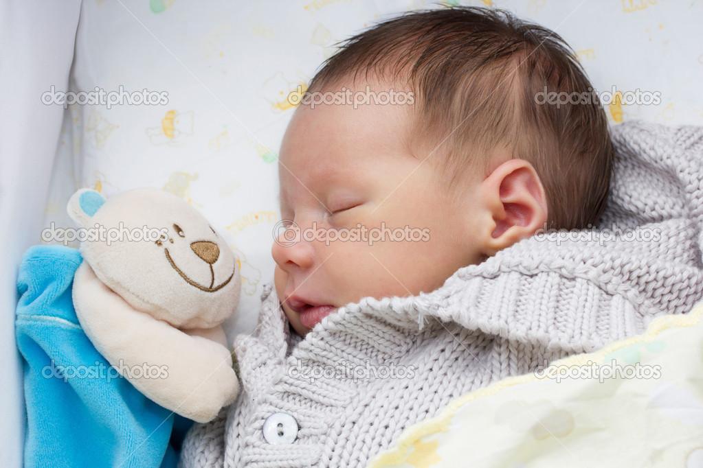 睡觉的宝宝可爱文字