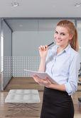 Biznes kobieta uśmiechając się — Zdjęcie stockowe