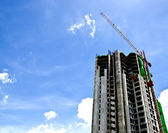 Construction of a building with blue sky — Stock Photo