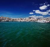 Luxury yachts and motor boats in Puerto Banus marina in Marbella, Spain — Stock Photo
