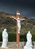 生命的大小被钉十字架雕像 — 图库照片