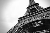 Eiffel tower black and white beauty — Stock Photo
